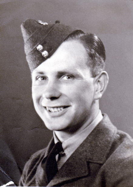 black and white photo of Harry Holdcroft in uniform
